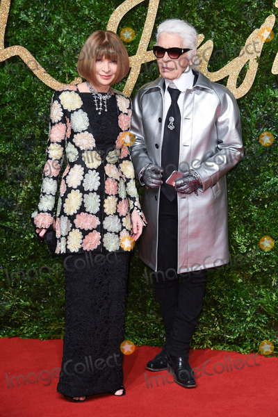 Anna Wintour Photo - Anna Wintour  Karl Largerfeld at the British Fashion Awards 2015 at the Coliseum Theatre LondonNovember 23 2015  London UKPicture Steve Vas  Featureflash