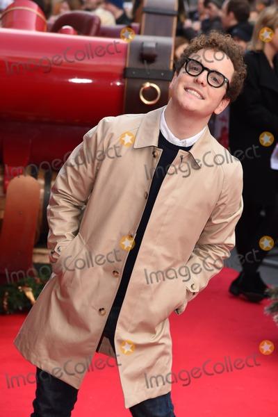 Joshua McGuire Photo - Joshua McGuire arrives for the Get Santa premiere Vue Leicester Square London 30112014 Picture by Steve Vas  Featureflash