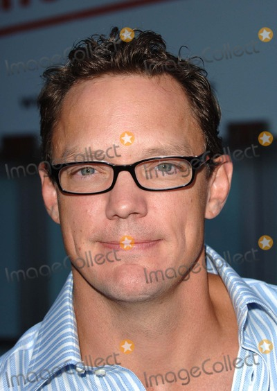 Trevor Moore Photo - Los Angeles USA Matthew Lillard at the World Premiere of The Groomsmen Held at the Arclight Cinema Hollywoood12 July 2006Trevor MooreLandmark Media