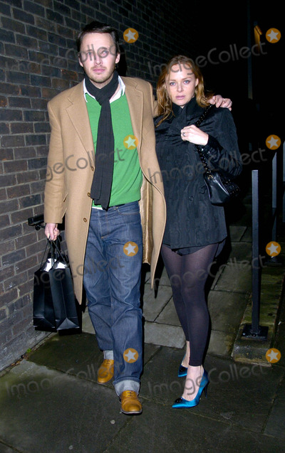 Alasdhair Willis Photo - London UK Stella McCartney and her husband Alasdhair Willis at the TAG Heuer Party held at the Royal College of Art in London 8th February 2007Can NguyenLandmark Media