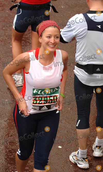 Rebecca Loos Photo - London UK Rebecca Loos at the Flora London Marathon 200623 April 2006Ali KadinskyLandmark Media