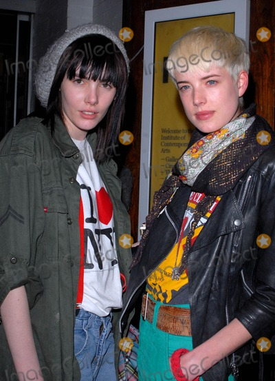 Agyness Deyn Photo - London UK Agyness Deyn and Georgia Frost at the O2 Undiscovered 2007 final party celebrating the end of a new initiative to find up-and-coming musical talent held at the Institute Of Contemporary Arts in London 17th April 2007SYDLandmark Media