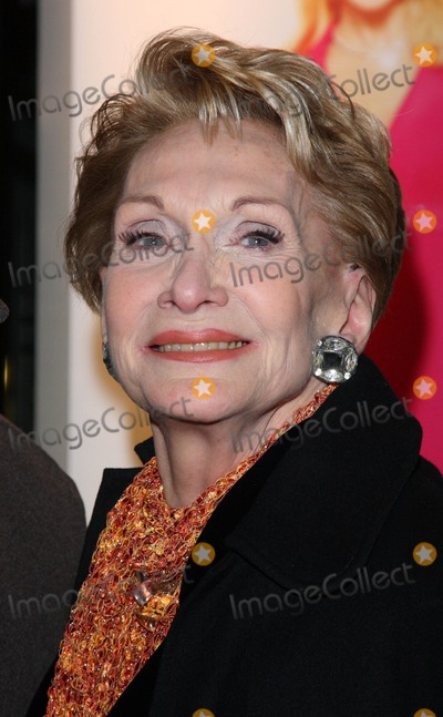 Sian Phillips Photo - London UK Sian Phillips  at the Gala Performance of the musical Legally Blonde  at the Savoy Theatre The Strand London  13th  January 2010 Keith MayhewLandmark Media