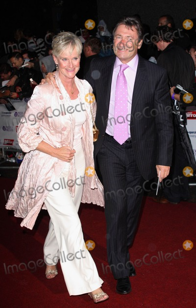 Alan Titchmarsh Photo - London UK Alan Titchmarsh at the Pride of Britain Soap Awards 2008 held at ITV London Studios South Bank 30th  September 2008Keith MayhewLandmark Media