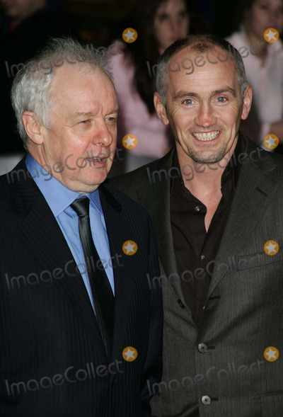 Barry McGuigan Photo - London Director Jim Sheridan and Barry McGuigan at the UK Premiere of Get Rich or Die Tryin at the Empire Cinema Leicester Square17 January 2006Keith MayhewLandmark Media