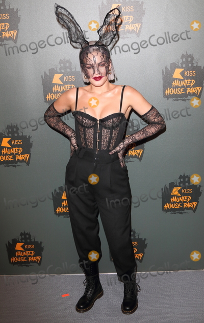 Anne Marie Photo - London UK Anne Marieat the KISS FM Haunted House Party held at the SSE Arena Wembley London26 October 2018Ref LMK73-MB2017-271018Keith Mayhew  Landmark MediaWWWLMKMEDIACOM