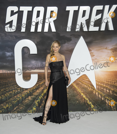 Gary Mitchell Photo - London UK Jeri Ryan at the European Premiere of Amazon Original Star Trek Picard at Odeon Luxe Leicester Square on January 15 2020 in London EnglandRef LMK386-J6033-160120Gary MitchellLandmark MediaWWWLMKMEDIACOM