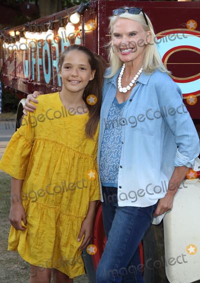 Anneka Rice Photo - LondonUK  Anneka Rice and god daughter   at the Giffords Circus Press Night at the Chiswick House and Gardens Chiswick London  28th June 2018RefLMK73-S1492-290618Keith MayhewLandmark MediaWWWLMKMEDIACOM