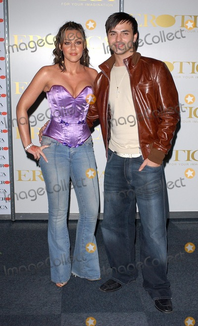 Andy Scott-Lee Photo - London Michelle Heaton from Liberty X and her boyfriend Andy Scott Lee at the opening evening of Erotica 2004 Expo held at Olympia in Kensington 18 November 2004Eric BestLandmark Media