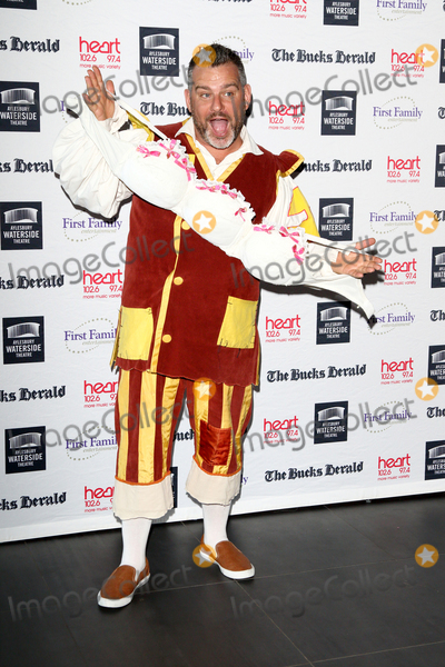 Andy Collins Photo - AylesburyBucks  Andy Collins   at the Photocall for the upcoming pantomime Aladdin at the Waterside Theatre  9th September 2016Ref LMK73-61382-100916Keith MayhewLandmark Media WWWLMKMEDIACOM