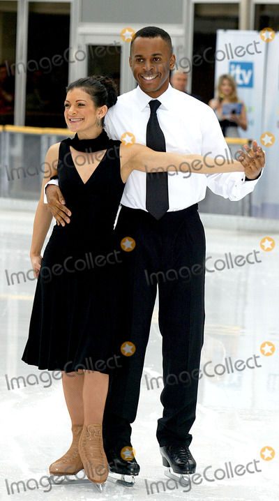 Andy Peters Photo - London  Andi Peters and Tamara Sharp at the Dancing on Ice ITV launch at the ice rink of the Natural History Museum on Cromwell Road11 January 2006Jenny RobertsLandmark Media
