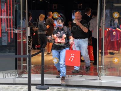 Rolling Stones Photo - London UK  The official Rolling Stones store RS  9 opens in Carnaby Street London  9th September 2020RefLMK73-S3111-100920Keith MayhewLandmark Media WWWLMKMEDIACOM