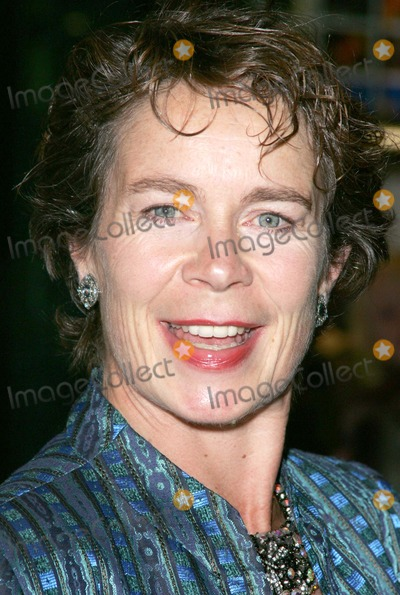 Celia Imrie Photo - London Celia Imrie at the Premiere of Nanny McPhee at the Empire Leicester Square09 October 2005Keith MayhewLandmark Media