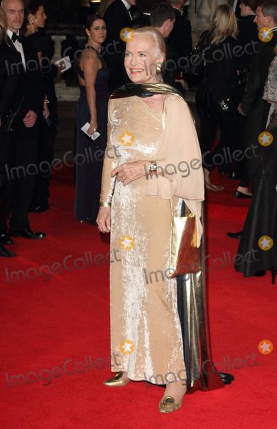 Shirley Eaton Photo - London UK Shirley Eaton at the Royal World Premiere of Skyfall at the Royal Albert Hall Kensington 23rd October 2012Keith MayhewLandmark Media