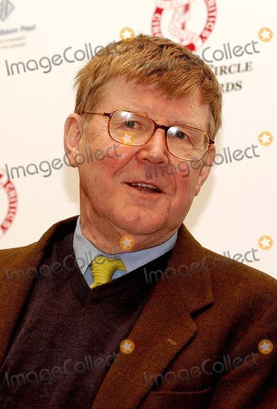 Alan Bennett Photo - London Alan Bennett attends The Critics Circle Awards voted for by national newspaper critics at the Theatre Royal Drury Lane01 February 2005Ali KadinskyLandmark Media