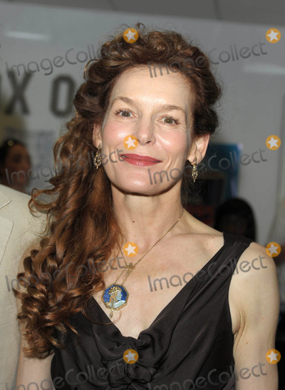 Alice Krige Photo - London UK Alice Krige at the UK premiere of Skin held at the Odeon West End Leicester Square central London  2nd July 2009Ali KadinskyLandmark Media