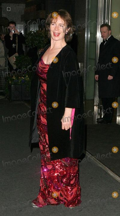 Celia Imrie Photo - London Celia Imrie at the Laurence Olivier Awards held at the London HiltonPaulo PirezLandmark Media