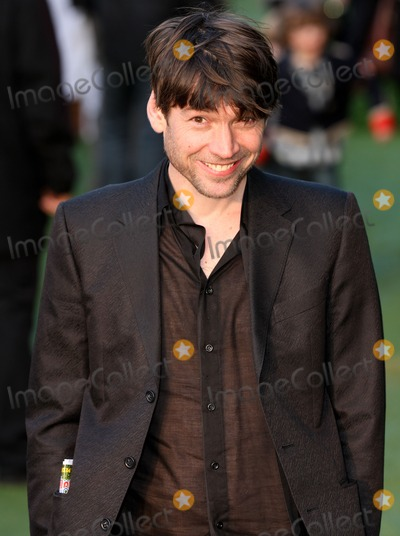 Alex James Photo - LondonUK Alex James at the premiere of Gnomeo and Juliet at Odeon Leicester Square 30th January 2011Evil ImagesLandmark Media