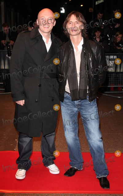 Justin Kerrigan Photo - LondonUK Director Justin Kerrigan  and Robert Carlyle  at the screening of their  film I Know You Know Odeon West End London Film Festival 25th October 2008