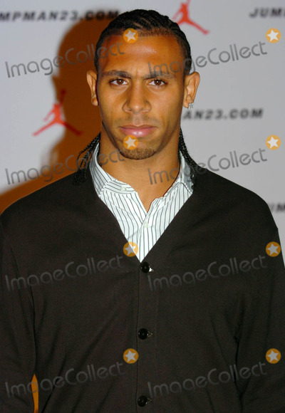 Anton Ferdinand Photo - London UK Anton Ferdinand at the Michael Jordan Dinner at the Roundhouse in Camden19 October 2006Andy LomaxLandmark Media