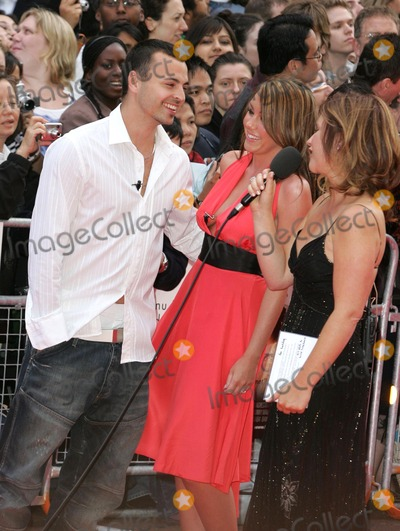Andy Scott-Lee Photo - London UK Michelle Heaton of Liberty X and fiance Andy Scott-Lee being interviewed by Harriett Scott at the European Premiere of  The Lake House held at the Vue West End Cinema Leicester Square19 June 2006Keith MayhewLandmark Media