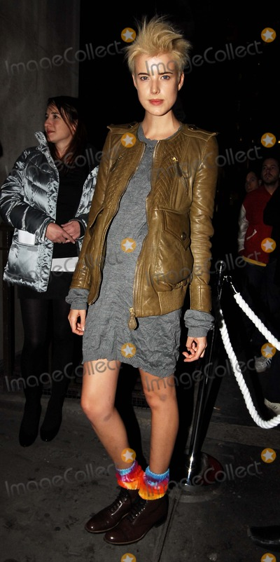 AGYNESS DEAN Photo - London UK British model Agyness Dean who has appearedon the covers of US and UK Vogue and is also now the face for Armani at the  launch party for NikeID  at Niketown Oxford Circus 1st November 2007 Steve McGarryLandmark Media