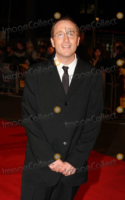 Jon Ronson Photo - London UK Jon Ronson at the UK premiere of Men Who Stare At Goats  Odeon Leicester Square London Film Festival 15th October 2009Keith MayhewLandmark Media