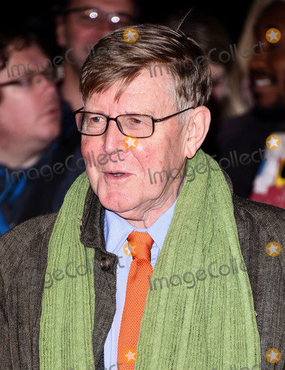 Alan Bennett Photo - London UK Alan Bennett at London Film Festival Premiere of The Lady In The Van at Odeon Leicester Square London on Tuesday 13 October 2015Ref LMK392 -58357-141015Vivienne VincentLandmark Media WWWLMKMEDIACOM