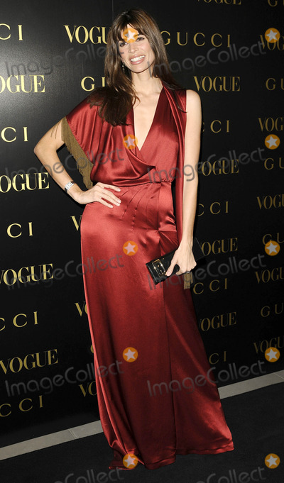 Alexandra Shulman Photo - London UK Lisa B at the Vogue and Gucci Dinner Gala honouring Frida Giannini (Guccis creative director) hosted by Alexandra Shulman (British Vogue editor) at Saatchi Gallery in London 1st April 2009Can NguyenLandmark Media