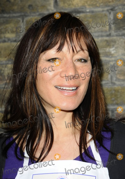 Anna Richardson Photo - London UK Anna Ryder Richardson at the Bacon Connoisseurs Week 2009 launch held at the Bleeding Heart Restuarant Bleeding Hart Yard in London 16th March 2009Can NguyenLandmark Media