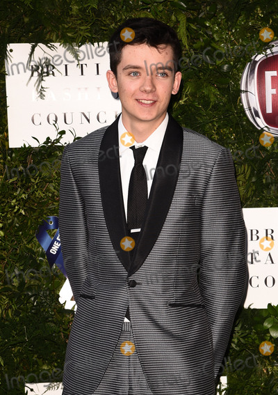 Asa Butterfield Photo - London UK Asa Butterfield  at One For The Boys Charity Ball held at The Victoria And Albert Museum Cromwell Road South Kensington London on Sunday 12 June 2016Ref LMK392 -60606-130616Vivienne VincentLandmark Media WWWLMKMEDIACOM