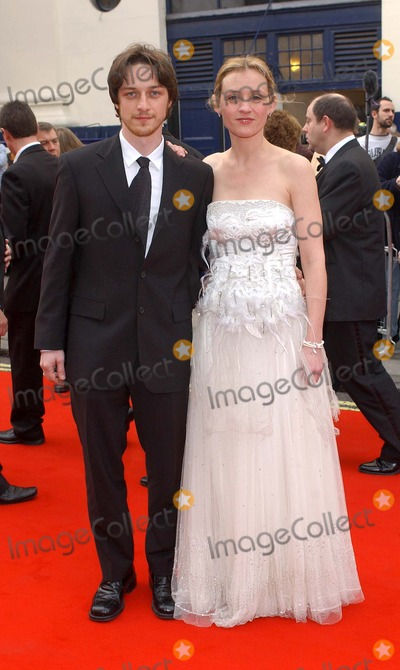 Anne Marie Duff Photo - London James McAvoy and Anne-Marie Duff at the British Academy of Film and Television (BAFTA) TV Awards 2005 held at the Theatre Royal Drury Lane 17 April 2005 Eric BestLandmark