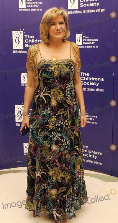 Penny Smith Photo - London UK Penny Smith arriving at the Childrens Society Fairytale Ball at Claridges Central London 16th May 2007Ali KadinskyLandmark Media