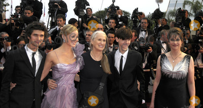 Ben Wishaw Photo - CannesFrance  L-R Ben Wishaw  Abbie Cornish Jane Campion (Director) Thomas Sangster and Kerry Fox at the Cannes Film Festival premiere of their film Bright Star 15th May 2009 SydLandmark Media