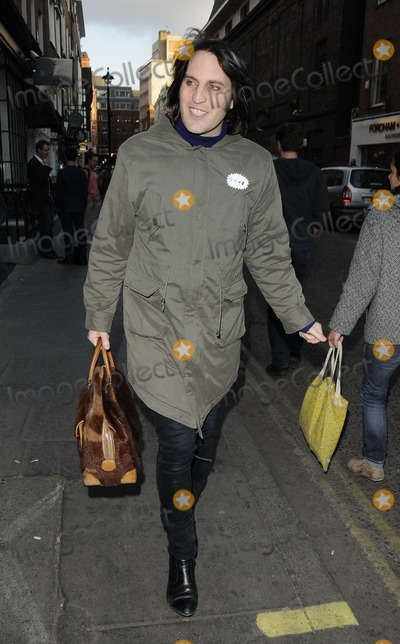Noel Fielding Photo - London UK Noel Fielding spotted walking along Greek Street in Soho 30th April 2013Can NguyenLandmark Media