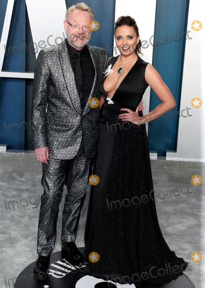Jared Harris Photo - BEVERLY HILLS LOS ANGELES CALIFORNIA USA - FEBRUARY 09 Jared Harris and Allegra Riggio arrive at the 2020 Vanity Fair Oscar Party held at the Wallis Annenberg Center for the Performing Arts on February 9 2020 in Beverly Hills Los Angeles California United States (Photo by Xavier CollinImage Press Agency)