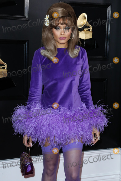 Andra Day Photo - LOS ANGELES CA USA - FEBRUARY 10 Singer Andra Day wearing Cheng-Huai Chuang arrives at the 61st Annual GRAMMY Awards held at Staples Center on February 10 2019 in Los Angeles California United States (Photo by Xavier CollinImage Press Agency)
