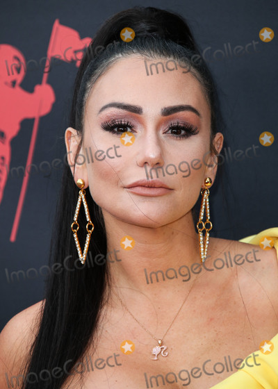 Jenni JWOWW Farley Photo - NEWARK NEW JERSEY USA - AUGUST 26 Jenni JWoww Farley arrives at the 2019 MTV Video Music Awards held at the Prudential Center on August 26 2019 in Newark New Jersey United States (Photo by Xavier CollinImage Press Agency)