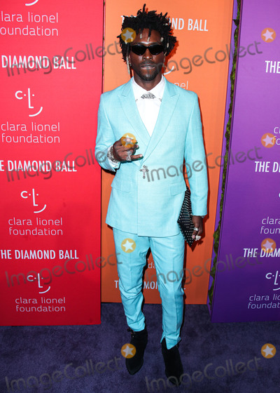 Saint JHN Photo - MANHATTAN NEW YORK CITY NEW YORK USA - SEPTEMBER 12 Saint Jhn arrives at Rihannas 5th Annual Diamond Ball Benefitting The Clara Lionel Foundation held at Cipriani Wall Street on September 12 2019 in Manhattan New York City New York United States (Photo by Xavier CollinImage Press Agency)