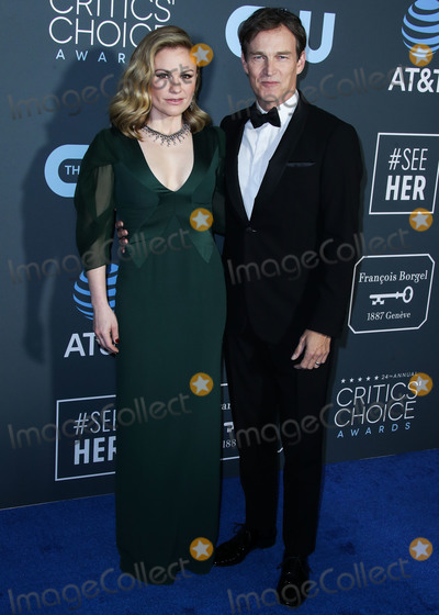 Anna Paquin Photo - SANTA MONICA LOS ANGELES CA USA - JANUARY 13 Actress Anna Paquin and husbandactor Stephen Moyer arrive at the 24th Annual Critics Choice Awards held at the Barker Hangar on January 13 2019 in Santa Monica Los Angeles California United States (Photo by Xavier CollinImage Press Agency)