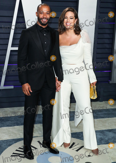 Ashley Graham Photo - (FILE) Ashley Graham pregnant with first child with husband Justin Ervin BEVERLY HILLS LOS ANGELES CALIFORNIA USA - FEBRUARY 24 Director Justin Ervin and wifemodel Ashley Graham arrive at the 2019 Vanity Fair Oscar Party held at the Wallis Annenberg Center for the Performing Arts on February 24 2019 in Beverly Hills Los Angeles California United States (Photo by Xavier CollinImage Press Agency)