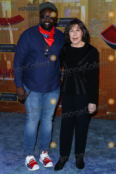 Lily Tomlin Photo - WESTWOOD LOS ANGELES CA USA - DECEMBER 01 Actors Brian Tyree Henry and Lily Tomlin arrive at the World Premiere Of Sony Pictures Animation And Marvels Spider-Man Into The Spider-Verse held at the Regency Village Theatre on December 1 2018 in Westwood Los Angeles California United States (Photo by Xavier CollinImage Press Agency)