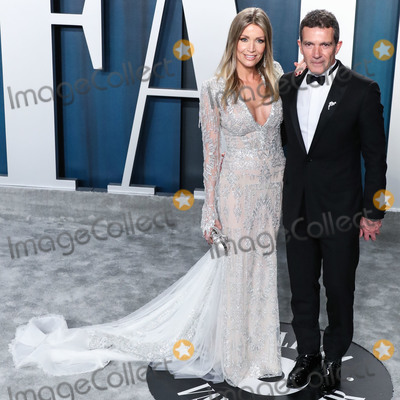 Antonio Banderas Photo - BEVERLY HILLS LOS ANGELES CALIFORNIA USA - FEBRUARY 09 Nicole Kimpel and Antonio Banderas arrive at the 2020 Vanity Fair Oscar Party held at the Wallis Annenberg Center for the Performing Arts on February 9 2020 in Beverly Hills Los Angeles California United States (Photo by Xavier CollinImage Press Agency)