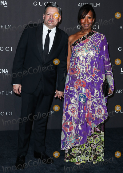 Avant Photo - LOS ANGELES CA USA - NOVEMBER 03 Ted Sarandos Nicole Avant at the 2018 LACMA Art  Film Gala held at the Los Angeles County Museum of Art on November 3 2018 in Los Angeles California United States (Photo by Xavier CollinImage Press Agency)