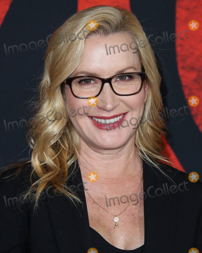 Angela Kinsey Photo - HOLLYWOOD LOS ANGELES CALIFORNIA USA - MARCH 09 Actress Angela Kinsey arrives at the World Premiere Of Disneys Mulan held at the El Capitan Theatre and Dolby Theatre on March 9 2020 in Hollywood Los Angeles California United States (Photo by Xavier CollinImage Press Agency)