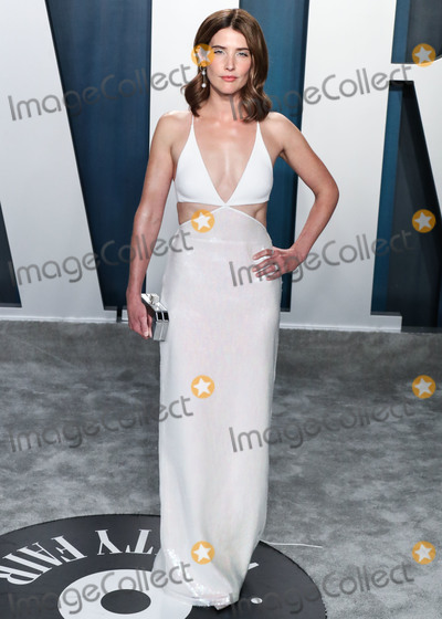 Coby Smulders Photo - BEVERLY HILLS LOS ANGELES CALIFORNIA USA - FEBRUARY 09 Actress Cobie Smulders arrives at the 2020 Vanity Fair Oscar Party held at the Wallis Annenberg Center for the Performing Arts on February 9 2020 in Beverly Hills Los Angeles California United States (Photo by Xavier CollinImage Press Agency)