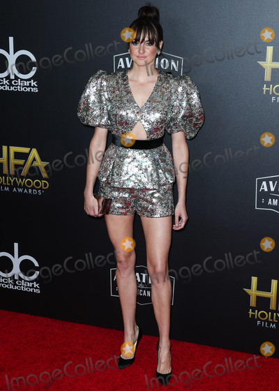 Calvin Klein Photo - BEVERLY HILLS LOS ANGELES CA USA - NOVEMBER 04 Actress Shailene Woodley wearing a Ralph  Russo top and shorts Christian Louboutin shoes a Calvin Klein clutch Yvan Tufenkjan earrings Neil lane rings and a Beladora ring arrives at the 22nd Annual Hollywood Film Awards held at The Beverly Hilton Hotel on November 4 2018 in Beverly Hills Los Angeles California United States (Photo by Xavier CollinImage Press Agency)