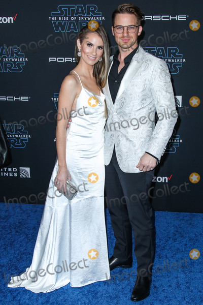 Angela Lanter Photo - HOLLYWOOD LOS ANGELES CALIFORNIA USA - DECEMBER 16 Angela Lanter and Matt Lanter arrive at the World Premiere Of Disneys Star Wars The Rise Of Skywalker held at the El Capitan Theatre on December 16 2019 in Hollywood Los Angeles California United States (Photo by Xavier CollinImage Press Agency)