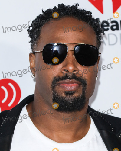 Shawn Wayans Photo - LAS VEGAS NEVADA USA - SEPTEMBER 20 Shawn Wayans arrives at the 2019 iHeartRadio Music Festival - Night 1 held at T-Mobile Arena on September 20 2019 in Las Vegas Nevada United States (Photo by David AcostaImage Press Agency)
