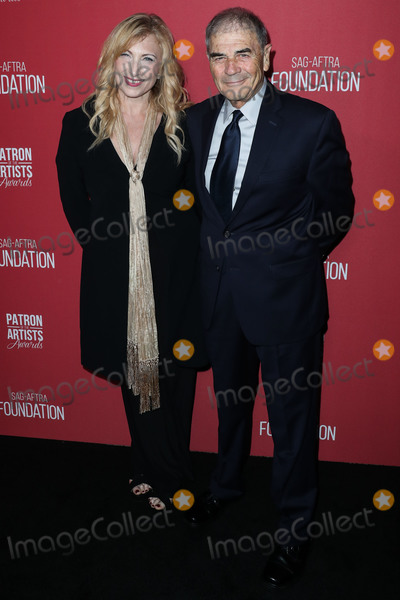 Wallis Annenberg Photo - (FILE) Robert Forster Dies At 78 BEVERLY HILLS LOS ANGELES CALIFORNIA USA - NOVEMBER 08 Denise Grayson and partneractor Robert Forster arrive at the SAG-AFTRA Foundations 3rd Annual Patron Of The Artists Awards held at the Wallis Annenberg Center for the Performing Arts on November 8 2018 in Beverly Hills Los Angeles California United States (Photo by Xavier CollinImage Press Agency)